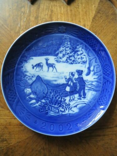 Royal Copenhagen 2002 Winter In the Forest Christmas Plate