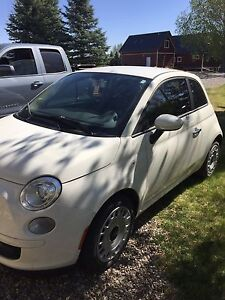 2013 Fiat 500 *Low Kms, still on warranty*