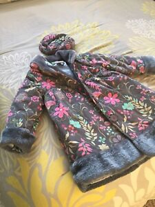 Girls winter dress up jacket size 5