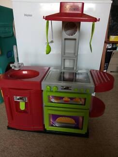 Kids Pretend Play Kitchen Toy Set