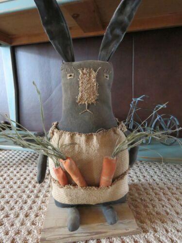 PRimitive standing Bunny