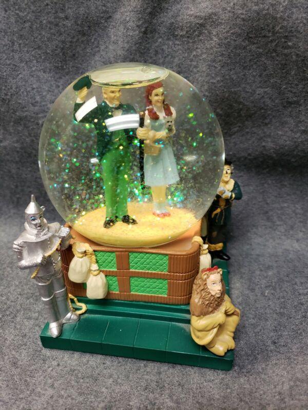 Warner Brothers Studios Stores Wizard Of Oz Snow Globe 1998