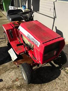 ROVER RANCHER 5 speed man 11 hp Briggs and Stratton Motor Aroona Caloundra Area Preview