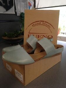 Leather shoes - Bueno 9 1/2, never used