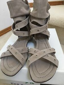 NEW Italian designer house ladies sandals