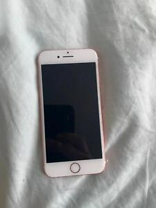 IPhone 7 32GB Rose Gold (Great Condition)