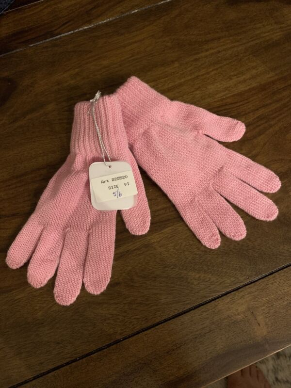 NWT Girl's Catya Pink Gloves, Size 5/6