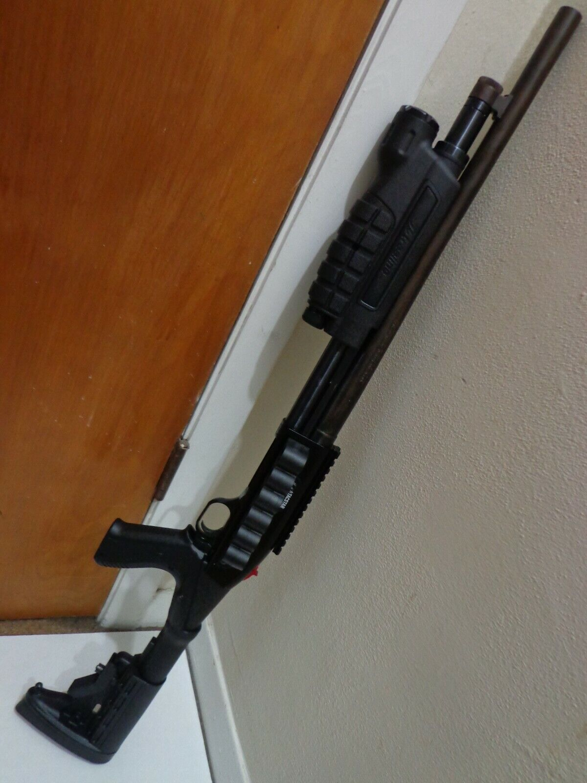 Treeline Forend Tactical Light Mossberg 500 12 Gauge Shotgun 900 Lumen NEW - $44.00