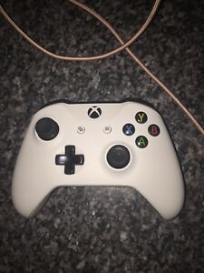 Xbox one controller  50.00 or best offer ( hanmer Ontario)