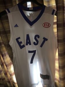 Kyle Lowry jersey 10/10 condition