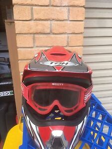 Motorbike helmet + goggle's Georgetown Newcastle Area Preview