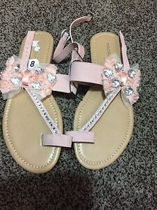 Brands new size 8 sandals