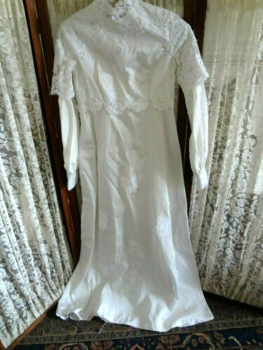 Vintage 1980s 80s Wedding gown taffeta ish with lace beads wear upcycle salvage
