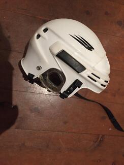 Bauer Senior ice hockey helmet Erskineville Inner Sydney Preview