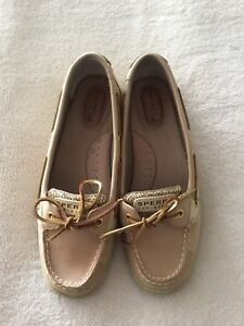 Sperry top sides slip on shoe, size 8