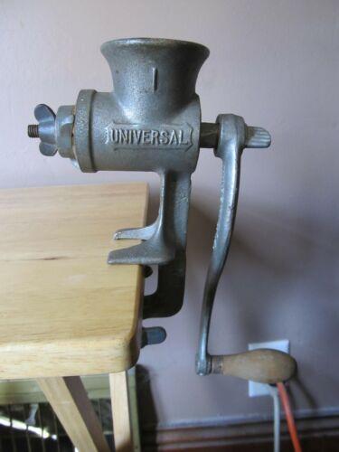 Vintage UNIVERSAL #4 Metal Meat Grinder~Hand Crank w/Wooden Handle~VG Shape!