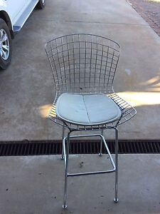 Harry Bertoia bar stool. (Replica) Parkes Parkes Area Preview
