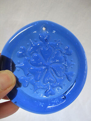 - Blue Hand-Pressed Art Glass Suncatcher AMISH HEARTS HEX SYMBOL Excellent!