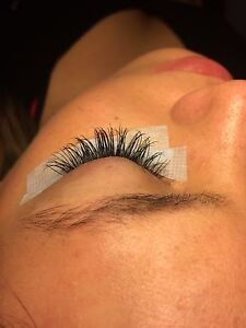 HOLIDAY LASHES  Oakville / Halton Region Toronto (GTA) image 1
