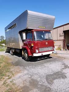 6 horse Bedford Truck . Great condition Devon Meadows Casey Area Preview