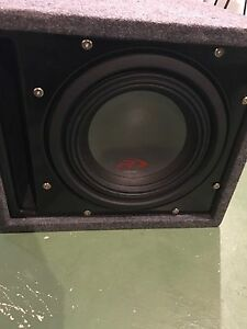 Alpine type R 10 inch sub with alpine 600 amp