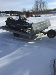 2000 northtrail skidoo trailer