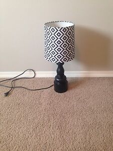 Table lamp / bedside lamp