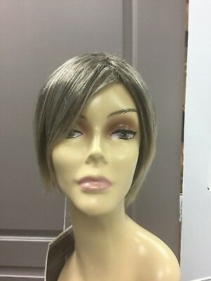 Forever Young Short Wigs (Forever Young MODERN EDGE Shag Short Synthetic Wig, Coffee and Cream )