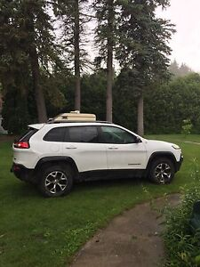 2014 Jeep Cherokee TRAILHAWK FULLY LOADED