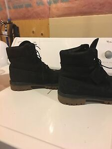Mens timberlands size 9