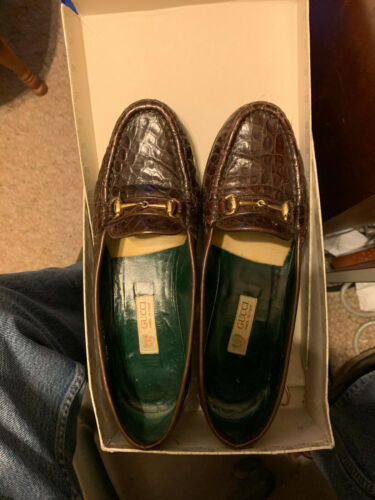 Gucci Womens Classic Brown Loafers Crocodile Size 37.5 B