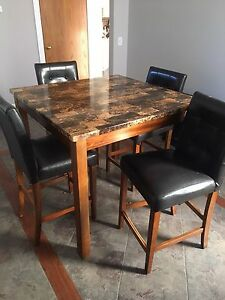 Pub Buy Or Sell Dining Table Sets In Calgary Kijiji Classifieds