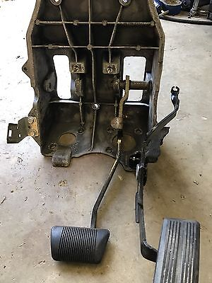 2002 Dodge Ram 1500 4.7 Gas And Brake Pedal