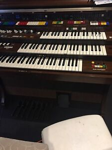 Electric organ repairer Caroline Springs Melton Area Preview