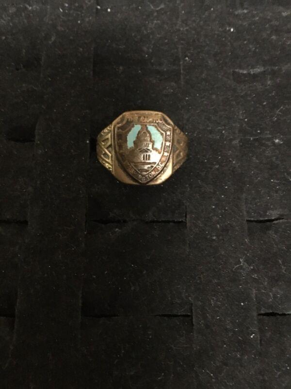 "Vintage 1940's Metal ""The Capitol, Washington D. C."" Ornate Ring"