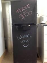 LG 215l fridge Kingston Logan Area Preview