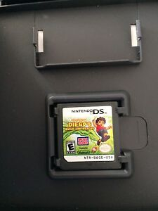 NINTENDO DS : 4 games & 2 pens lot