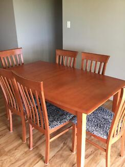 EXTENDABLE DINING TABLE & 6 CHAIRS Robertson Brisbane South West Preview