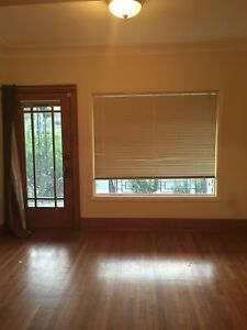 FOUR BEDROOM ON OTTAWA ST $1600 INCLUSIVE - OCT 1