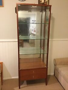 Display Cabinet in excellent condition. Berowra Heights Hornsby Area Preview