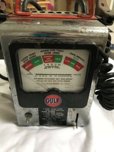 Vintage Gulf Oil Service Station 6V/ 12V Model G 150 Battery Charger Tester