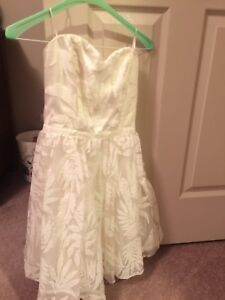 New with Tags Guess size 0 dress