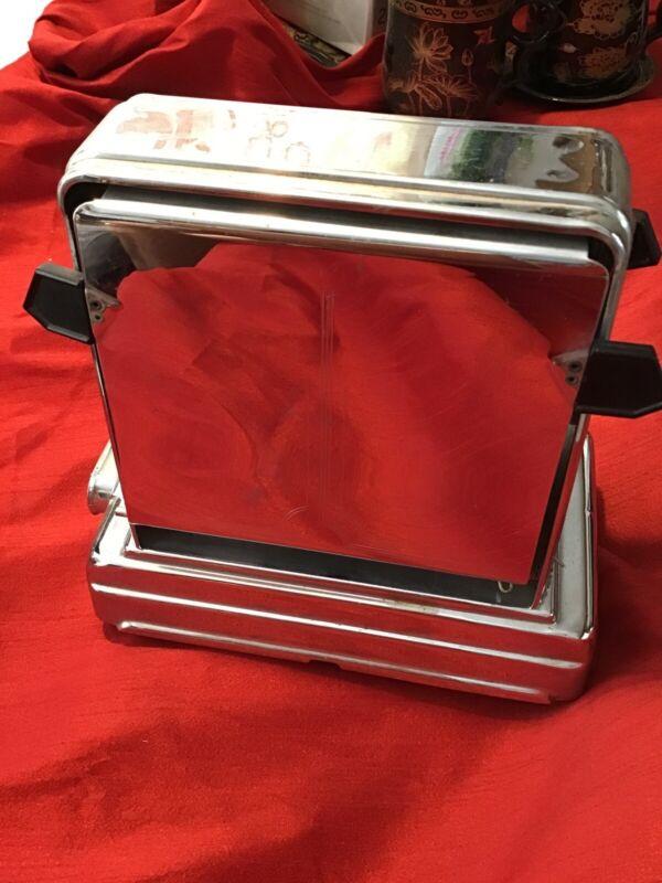 Daalderop toaster vintage 1960s 220V 500w No Cord Good Condition.