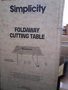 Sewing table Latrobe Latrobe Area Preview