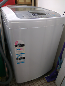 Free washing machine South Plympton Marion Area Preview