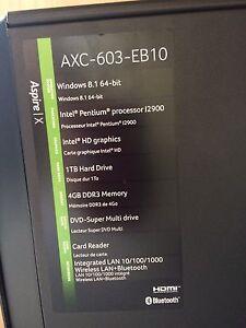 Desktop ACER computer with accessories