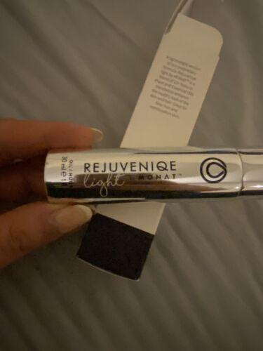 Monat Rejuvenique Oil Light - $80.00