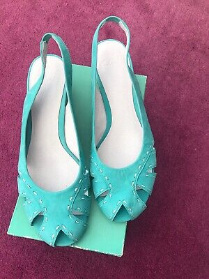 Clarks Wedge Sandals Jade Green Size 8  NEW