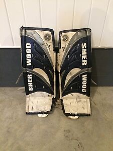 "Junior 31 """" goalies hockey pads"