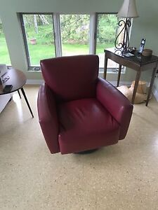 2 Red Broyhill leather chair